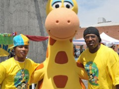 Master P, Romeo Entertain Kids During Earth Day
