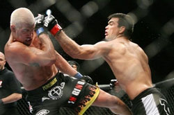 2008-05-26 Tito Ortiz takes a left from Lyoto Machida