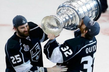 L.A. Kings win 2012 Stanley Cup