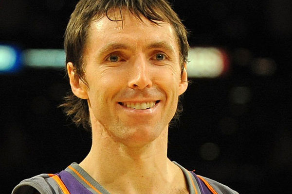 Los angeles lakers get steve nash in trade from phoenix suns