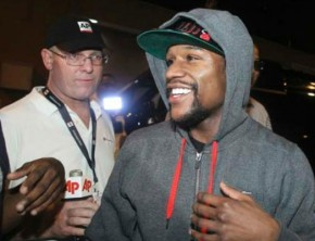 Floyd Mayweather released from jail