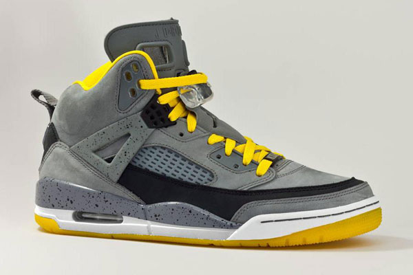 Since adding the Jordan Spizike to their NikeiD program in late April,  Jordan has rolled out new material, color options over the following weeks.