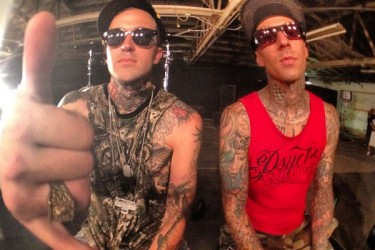 Yelawolf and Travis Barker - Psycho White