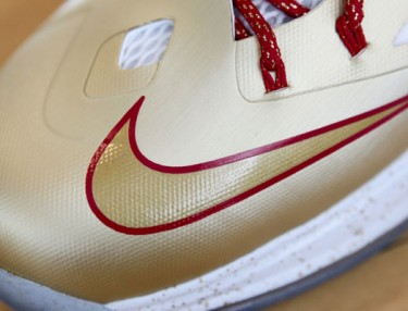 Nike LeBron X Gold Edition