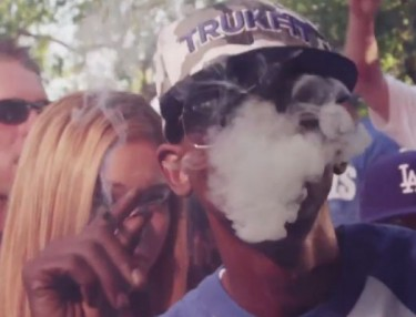 Kurupt ft. Dr. Zodiak & Lil G: Caviar & Champagne (Music Video)