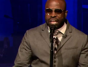 Black Thought Raps To Super Marios Bros. Theme (Video)