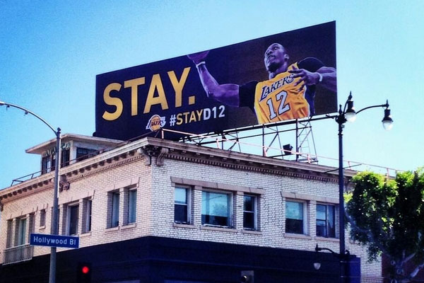 Lakers 'STAY' billboard for Dwight Howard