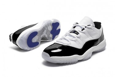 Air Jordan 11 Retro Low 'Concord'
