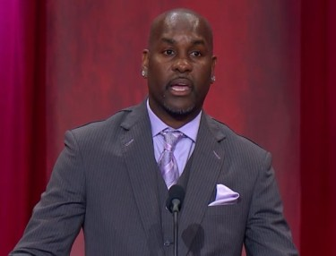 Gary Payton inducted into Naismith Memorial Basketball Hall of Fame