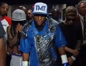 Lil Wayne, Justin Bieber Join Floyd Mayweather For Ring Entrance