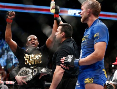 Jon Jones retains title at UFC 165 over Alexander Gustafsson