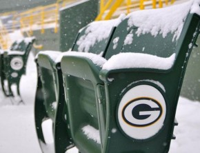 Green Bay Packers snow games.