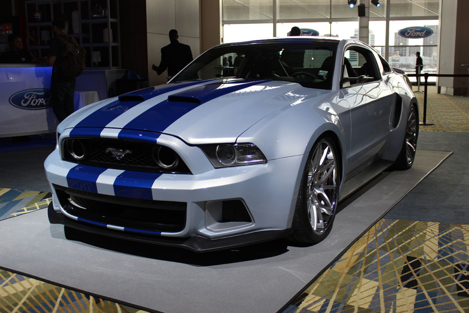 closer look at 39 need for speed 39 ford mustang. Black Bedroom Furniture Sets. Home Design Ideas