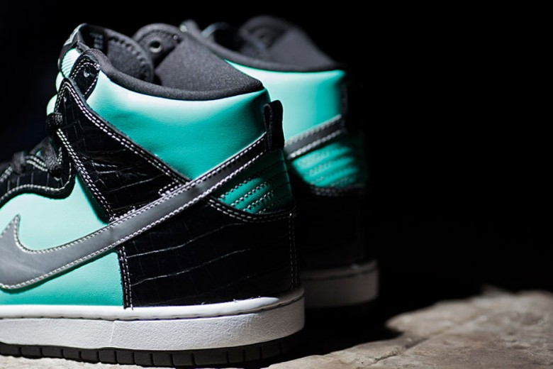 Nike SB x Diamond Supply Co. Dunk High 'Tiffany'