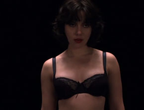 Under The Skin (Scarlett Johansson) (Official Trailer)