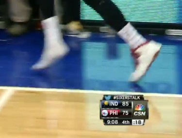 Tony Wroten's Jordan 10 loses sole.