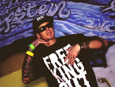 Johnny Richter - FreeKING Out (Video)