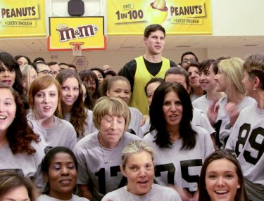 Doug McDermott vs. 99 People: H-O-R-S-E
