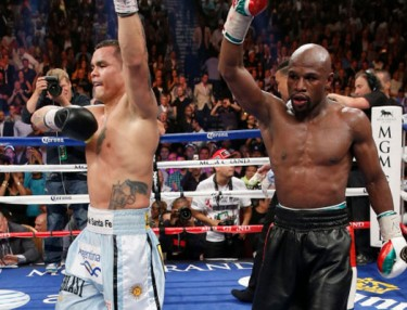 Marcos Maidana and Floyd Mayweather