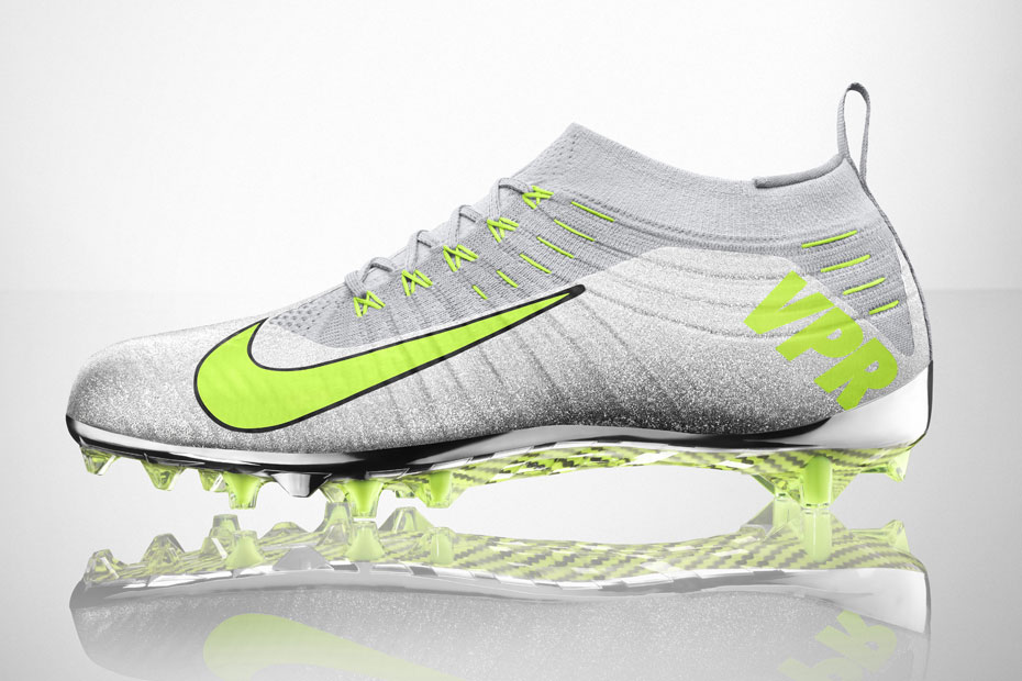 Nike Vapor Ultimate cleat