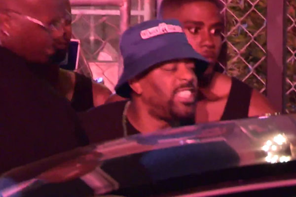Lil Wayne confronted by Crip outside Hollywood club