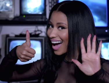 Usher ft. Nicki Minaj - She Came To Give It to You (Video)