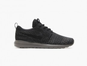 Nike Flyknit Roshe Run 'Black/Midnight Fog'