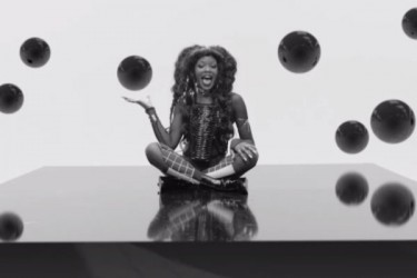 Azealia Banks - Chasing Time (Video)