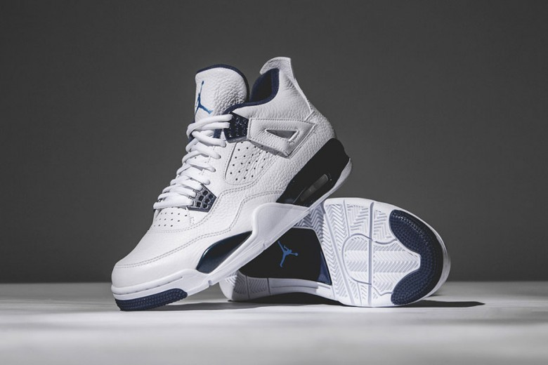 air jordan 4 retro remastered columbia .