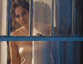"Q&A: Jennifer Lopez Explains Why Filming ""Boy Next Door"" Was Liberating"