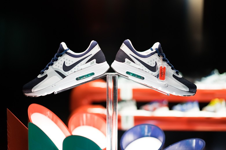 Nike Air Max Zero Nike's Snkrs Box Makes Air Max