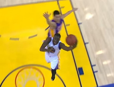 Jeremy Lin Swats Draymond Green On Fastbreak