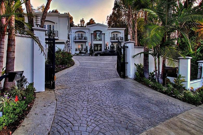 Inside Manny Pacquiao 39 S Beverly Hills Mansion