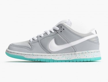 Nike SB Dunk Low 'Back To The Future'