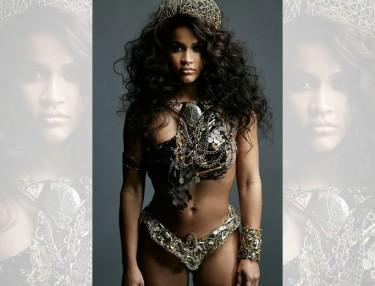 Rosa Acosta Spring 2015 'Royalty' Campaign