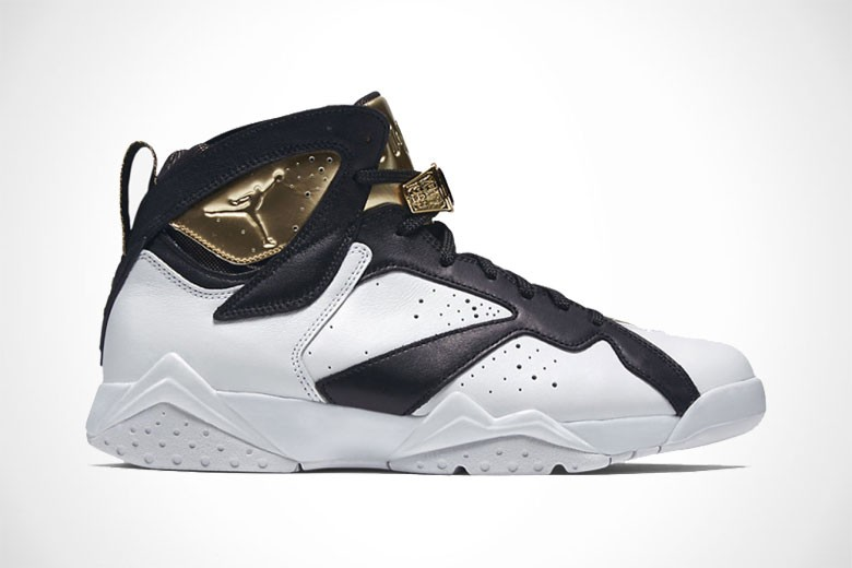 Air Jordan 7 Retro Champagne