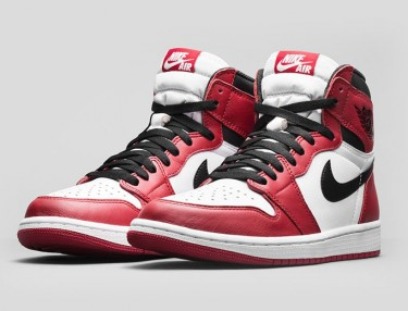 Air Jordan 1 Retro High OG 'Varsity Red'