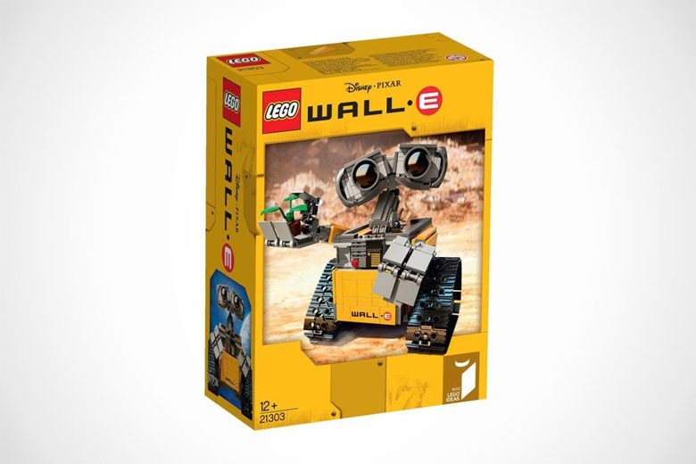 pixar x lego wall e set. Black Bedroom Furniture Sets. Home Design Ideas