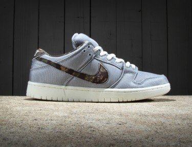 Nike SB Dunk Low Premium - Wolf Grey / Medium Olive