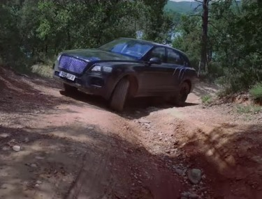 Watch The Bentley Bentayga SUV Take On Off-Road