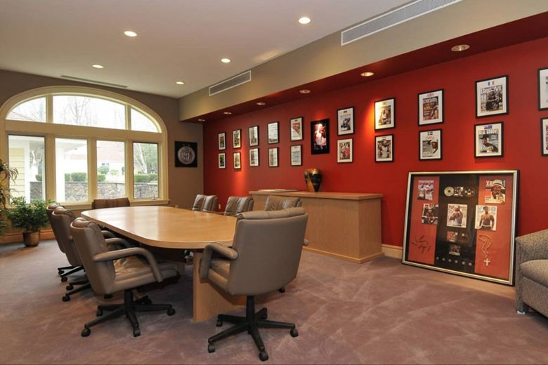 Home Office / Conference Room | Credit: William Raveis Realty