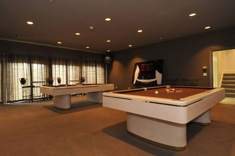 Billiards Room | Credit: William Raveis Realty