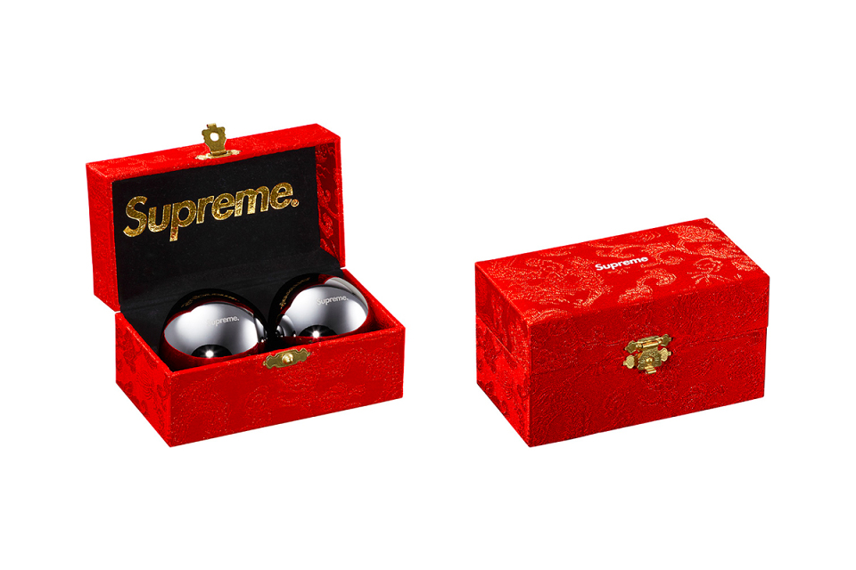 Supreme Fall/Winter 2015 Accessories