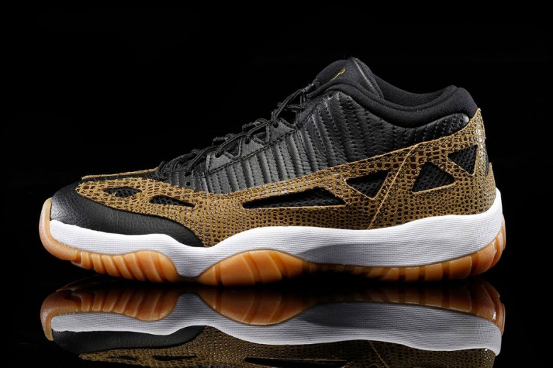 Air Jordan 11 Retro Low IE - Croc