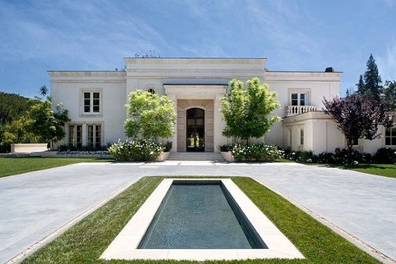 Inside Jay Z & Beyonce's New $45 Million Los Angeles Rental