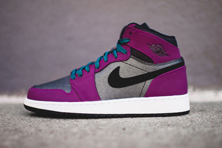 "Air Jordan 1 High ""Mulberry/Dark Grey"""