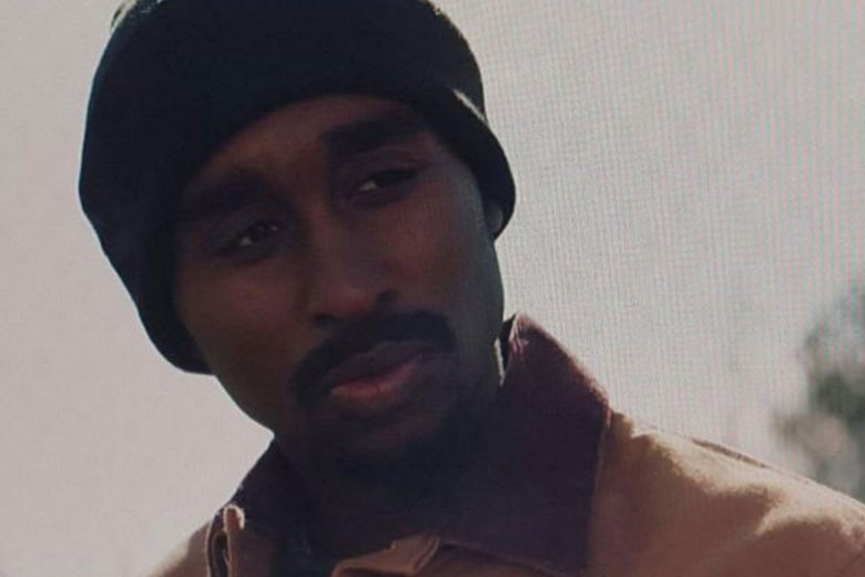 Demetrius Shipp as Tupac