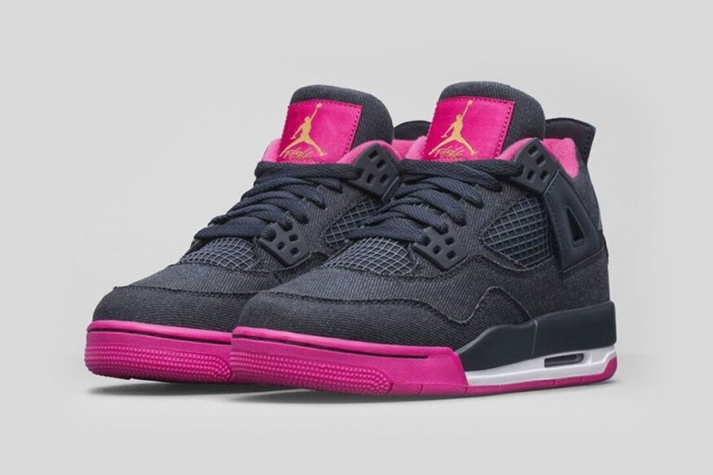 Air Jordan 4 Retro - Dark Obsidian/Pink