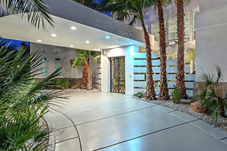 Mike Tyson's $1.5 Million Las Vegas Mansion