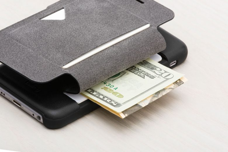 Bellroy Introduces its Phone Wallet